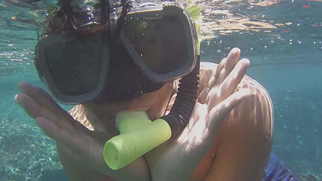 水中蛟龍PK賽  拍拍我的愛