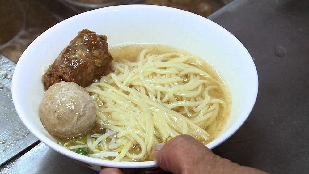 二林第一公有市場 赤牛麵